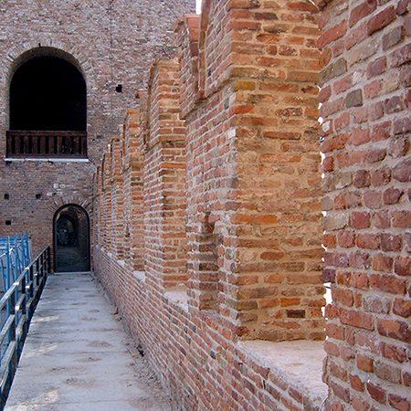 Mura medievali e torrioni, Castelvecchio, Verona